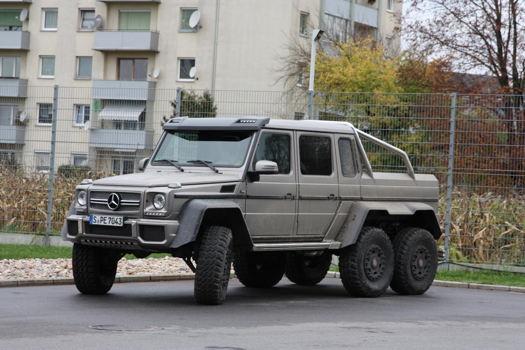 Mercedes-Benz G 63 AMG 6×6 – Lego Edition › \
