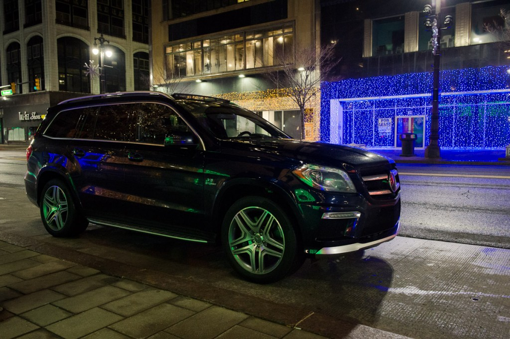 2014-mbrt14-Mercedes-Benz-GL-63-AMG-Detroit-lowlight-01