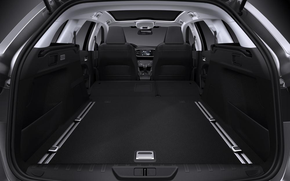 2014-peugeot-308-sw-kofferraum