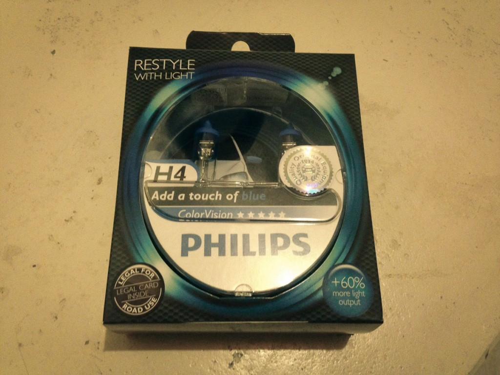 philips-color-vision-h4-blau-test-01