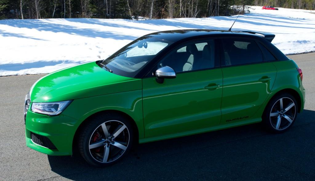 2014-Audi-S1-gruen-2