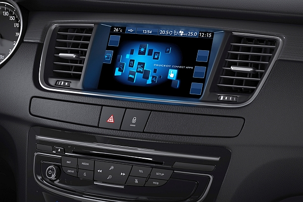 Peugeot-508-Touchscreen