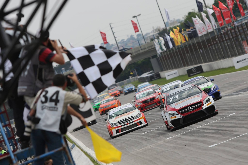Mercedes-Benz Challenge 2014