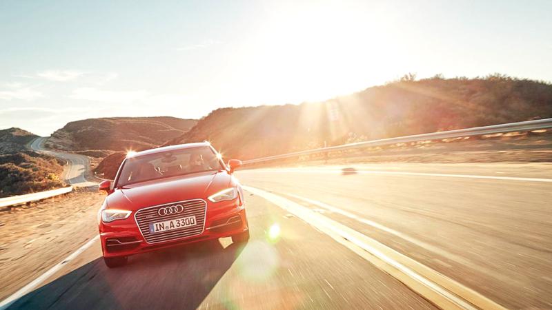Audi-A3-Sportback-etron-e-tron-elektro-a3-hybrid-2014-7