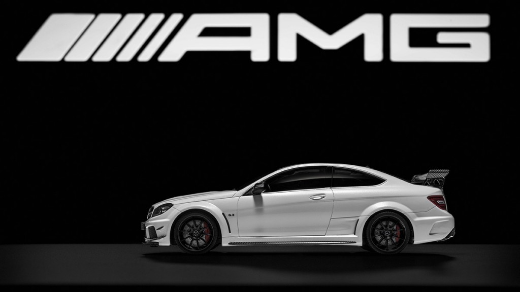 Mercedes-Benz C 63 AMG Black Series, 1:18, in designo diamantwei