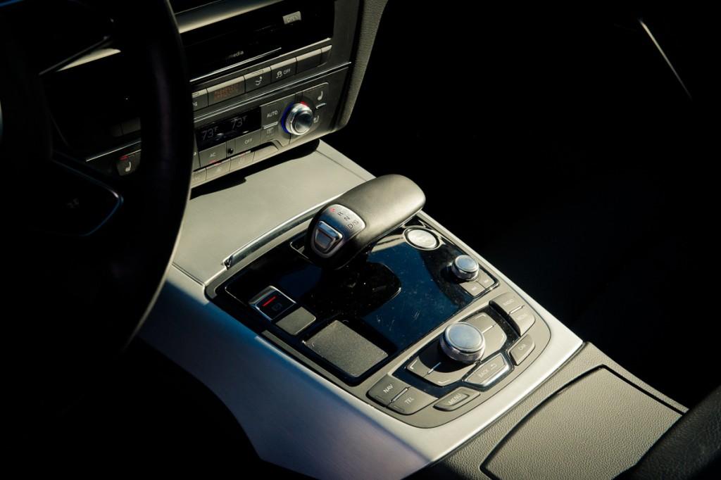 2015-Audi-A7-piloted driving concept-Jack-Las-Vegas-01