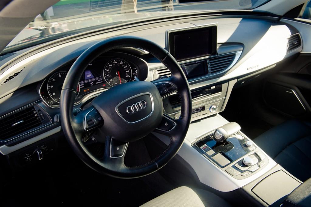 2015-Audi-A7-piloted driving concept-Jack-Las-Vegas-02