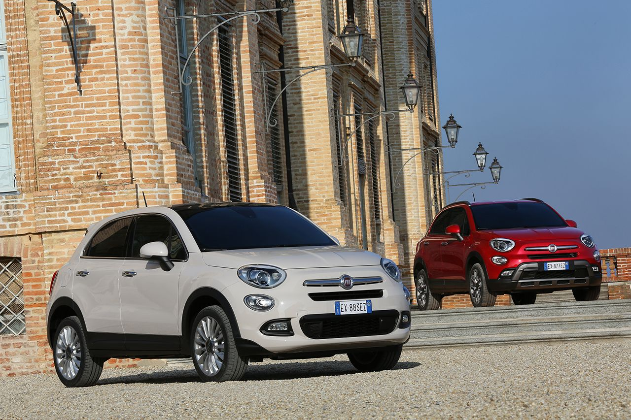 der neue fiat 500x crossover mit italienischem chic. Black Bedroom Furniture Sets. Home Design Ideas