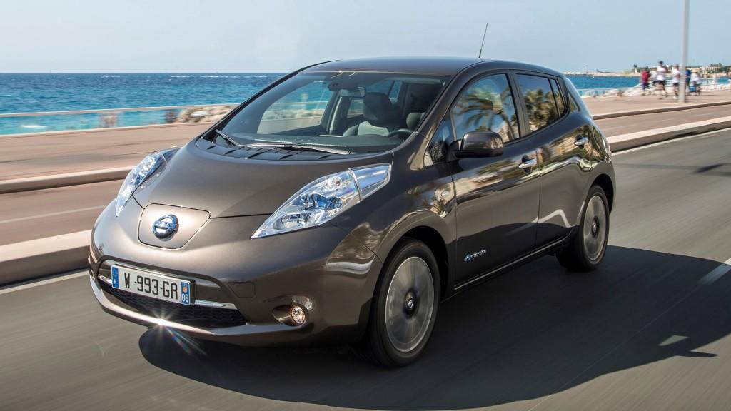 2016-Nissan-Leaf-mit-30kwh-batterie-01